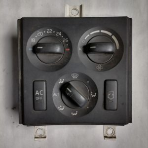 Volvo Salongi soojenduse lülitite paneel