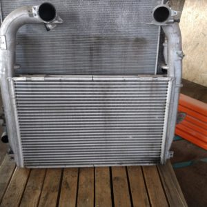 Intercooler radiaator