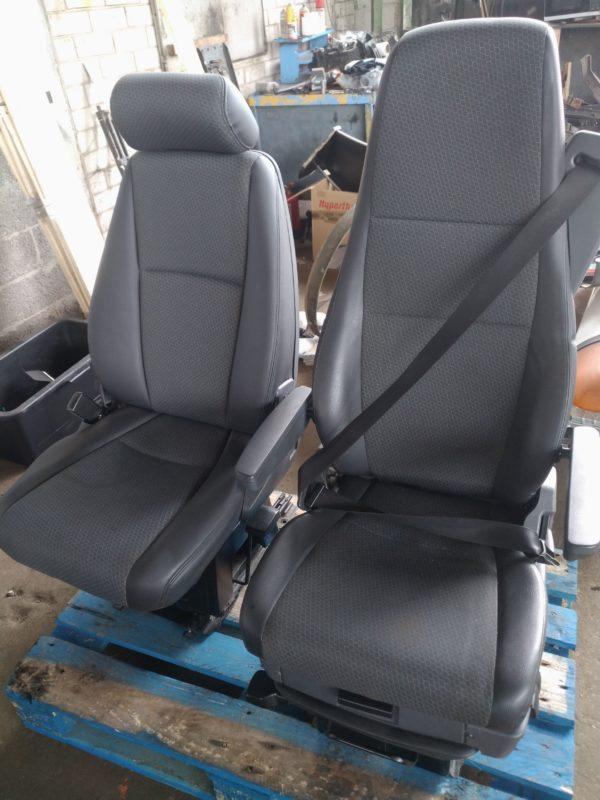 Scania kõrvalistuja iste